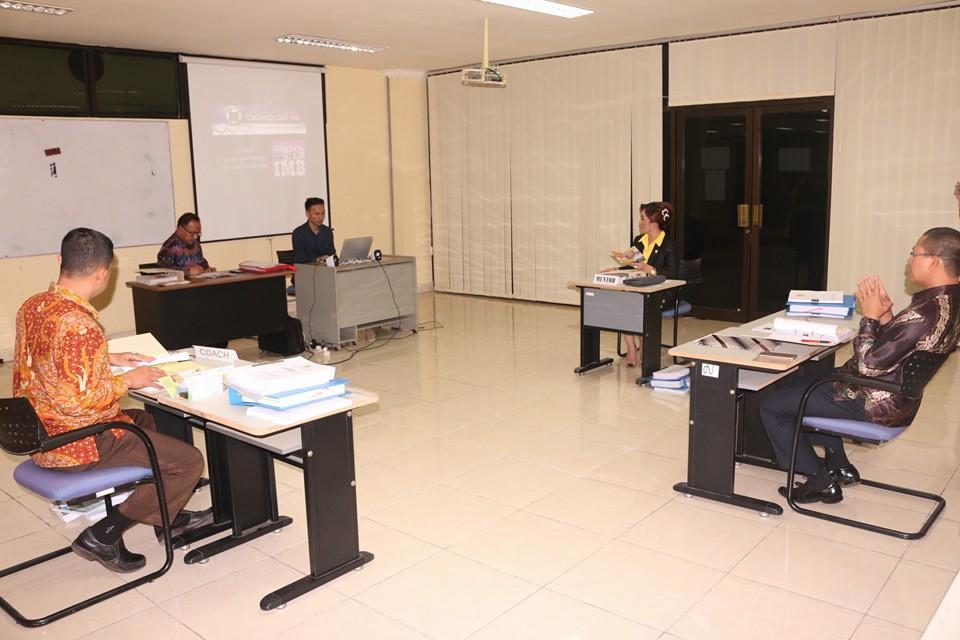 Aplikasi SIAP IMB membawa Lumowa Masuk 10 Besar pada Seminar PIM II di Makassar