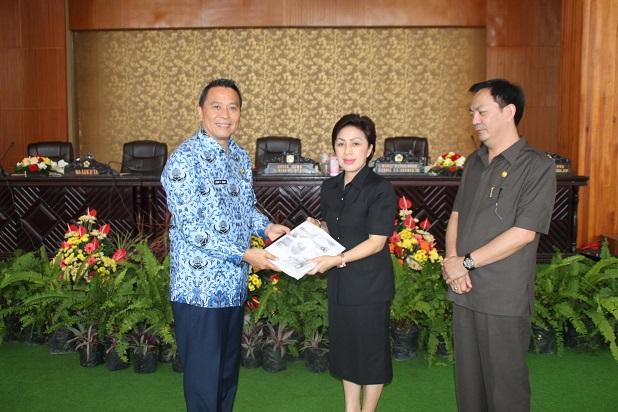 DPRD Kota Tomohon rumuskan RIPPARDA dan KTR (Kawasan Tanpa Rokok)