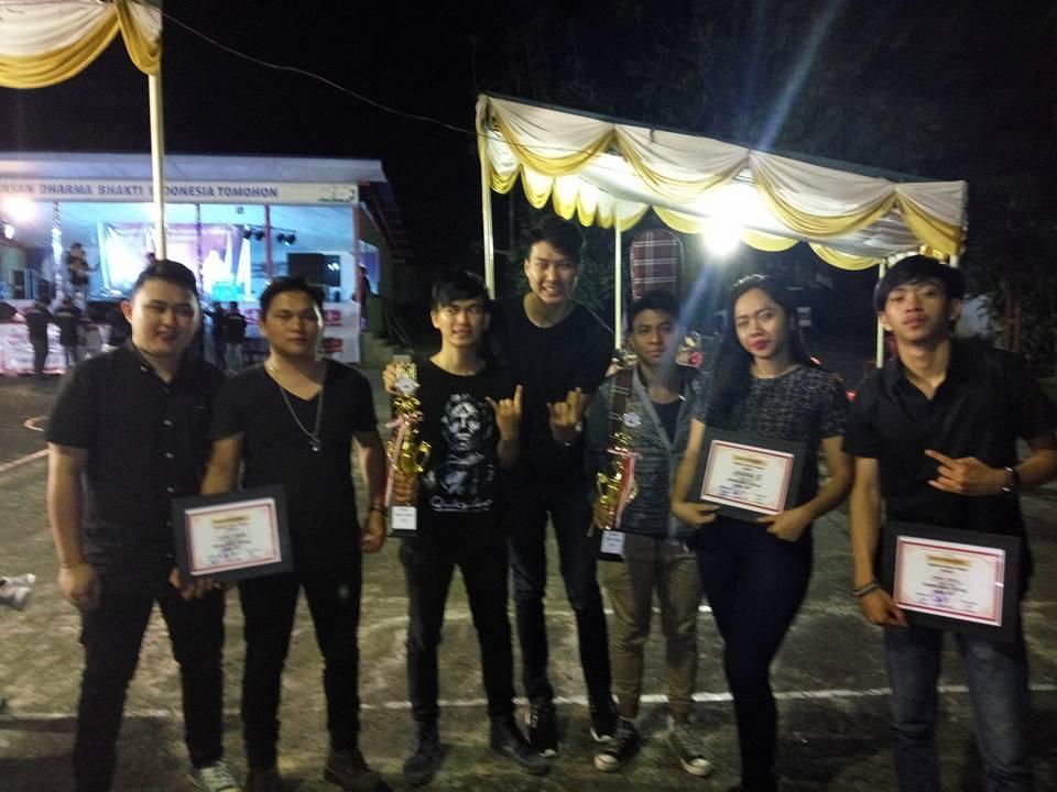 Blackjack dan Harmonis Band berbagi tempat di UNSRIT Music Festival 2017